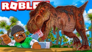 I was STALKED by a HUGE DINOSAUR in Roblox.. (I almost cried)