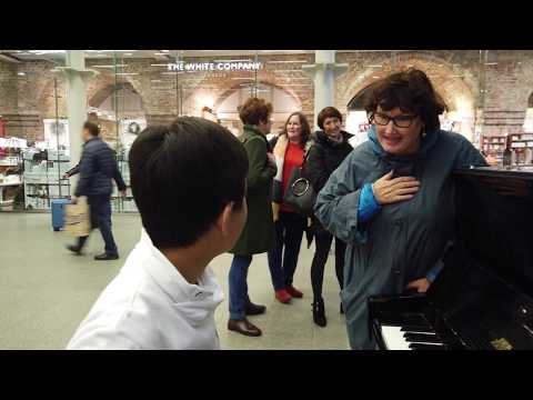 """The Sound Of Silence Piano - Shocked Ladies """"You're Twelve?!?!"""" Cole Lam 12 Years Old"""