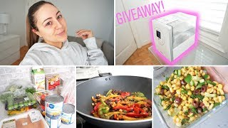 VLOG - Grocery Shopping, Meal Prepping & My Levoit Humidifier *GIVEAWAY*