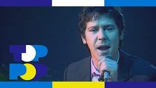 Shakin' Stevens - Give Me Your Heart Tonight • TopPop