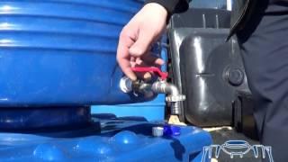 Пластиковые емкости. Врезка штуцера. Как правильно это сделать.(Врезка штуцера в пластиковую емкость позволяет сделать ее применение удобным и комфортным. В данном ролике..., 2014-05-15T20:05:59.000Z)