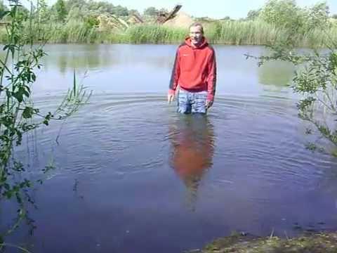 Jeans schwimmen mit Angezogen schwimmen