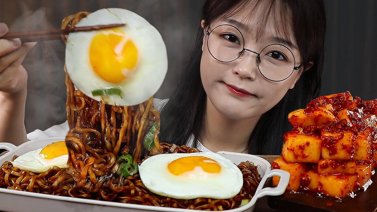 느끼할 틈이 없는 짜파게티 먹방 ft.깍뚜기 BLACK BEAN NOODLES & KKAKDUGI (Radish kimchi) MUKBANG | EATING SOUNDS