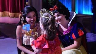 Meet Pocahontas, Snow White, Tiana & Cinderella at Mickey's Halloween Party, Disneyland Park