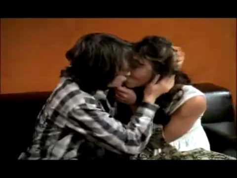 Nat and Rosalina Kisses