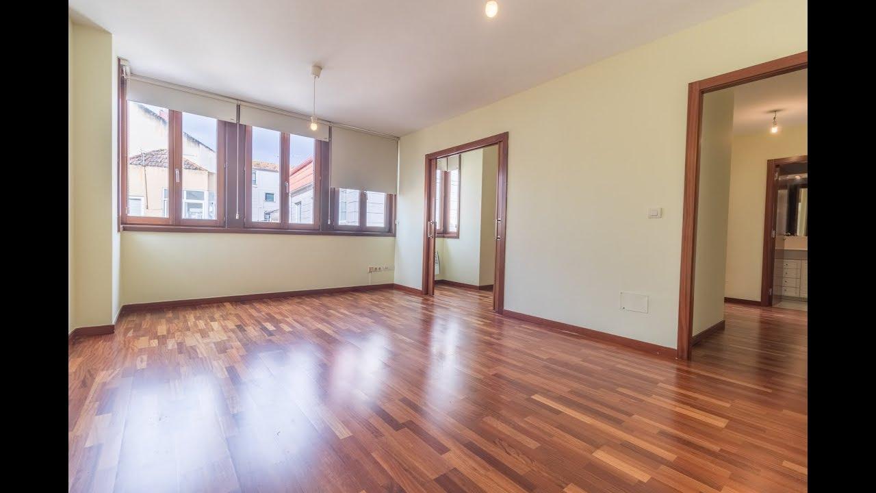 Céntrico piso en el casco viejo de Cangas, estupendas calidades, sin ...