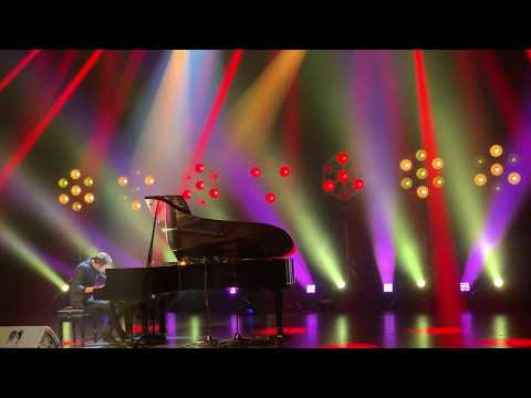 Peter Bence - Despacito (Piano Cover) HD Live