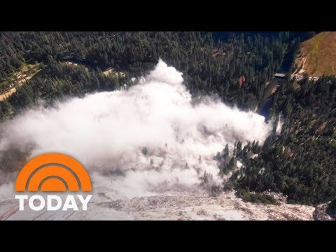 New Rockslide At El Capitan Is The Second One Since Wednesday; 1 Injury | TODAY
