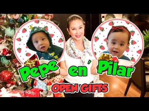 Pepe en Pilar Open Gifts