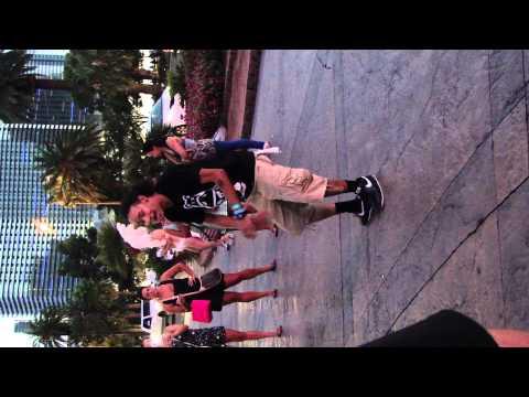 las vegas amazing street dancer