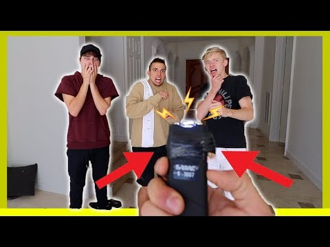 EXTREME HOT POTATO WITH A TASER!! *VERY BAD IDEA*