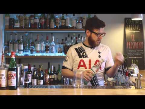 Cocktail Challenge: Watch MFK bartender Roger Landes make a manhattan using seaweed