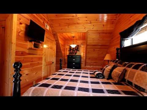 Repeat Nighttime Walkthrough of Beautiful DreamMore Resort