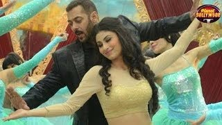 Producer Ritesh Talks About Mouni Roy's Inclusion In 'Gold' | Bollywood News