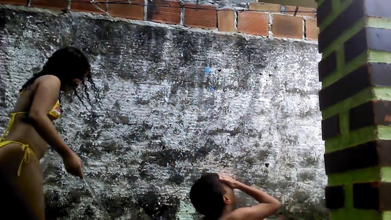 Gincana tomando banho de mangueira parte 3