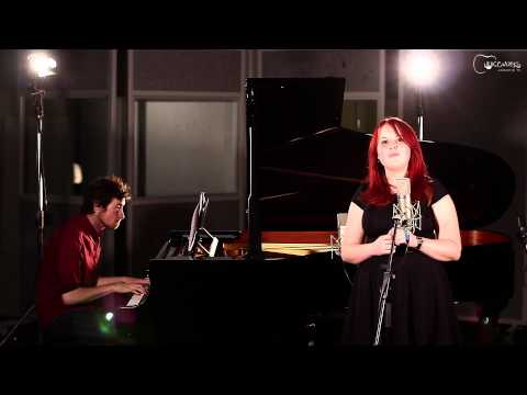 Nikki Griffin sings The Weed Smokers Dream for Voiceworks Acoustic TV