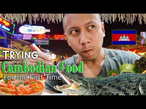 OMG! Authentic Cambodian Food for the First Time! | Vlog #15