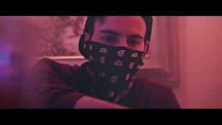 Καμένα Χαρτάκια - Δεν Παίζουν (Official Music Video)