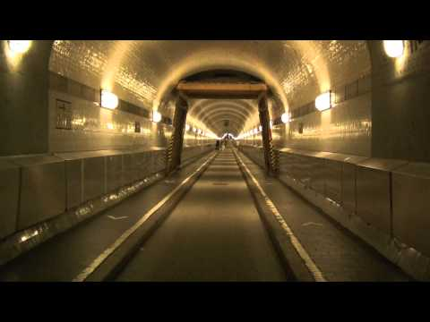Hamburg - Old Elbe tunnel