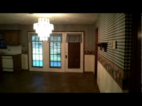 East Texas Real Estate For Sale - Home and 32 Acres in Palestine