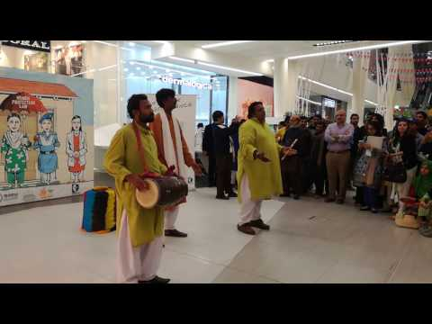 Street Play to Stop Violence Against Women at Lahore Emporium Mall