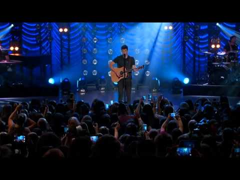 "Shawn Mendes - ""Stitches"" Live @ The Greek Theatre"