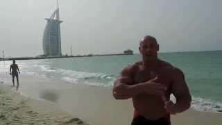 Hardkorowy Koksu nie ma odpoczynku nawet w Dubaju 2017 Video