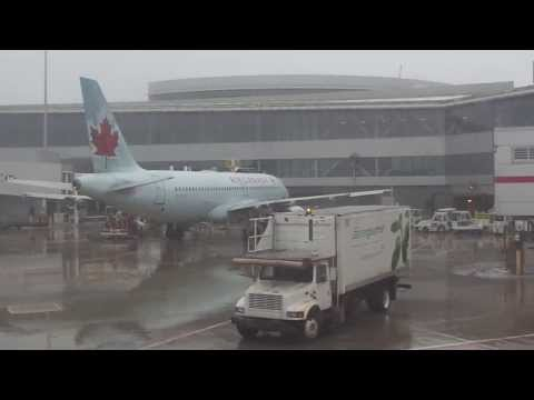 Edmonton-to-Toronto flight: Prairie snow to foggy Toronto January-thaw 2014-01-11
