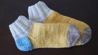 Учимся вязать носки спицами(Видео-урок для начинающих, посвященный вязанию классических носков пятью спицами., 2015-03-01T23:31:48.000Z)