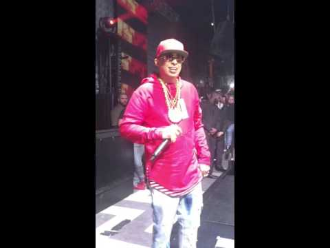 Nengo Flow Live @ Gilt Nightclub (1)