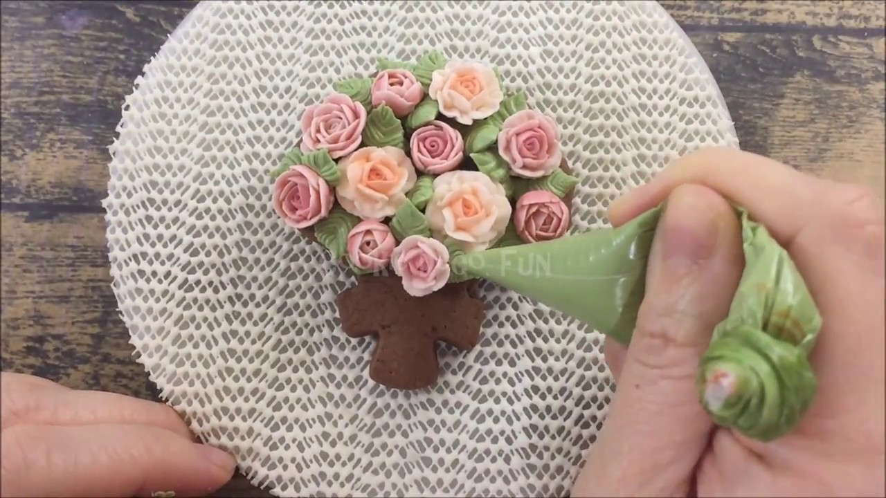 How to decorate flower bouquet cookie 浪漫花束糖霜餅乾- YouTube