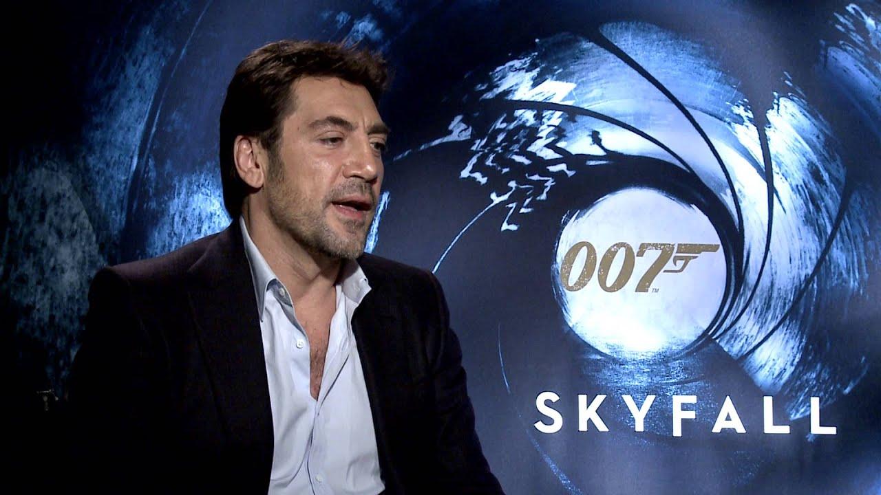 Skyfall Exclusive Interview [HD]: Javier Bardem