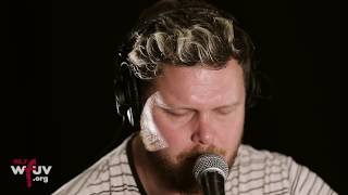 "alt-J - ""Deadcrush"" (Live at WFUV)"