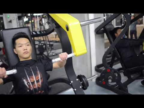Mannequin challenge in China's fitness club New Year shooting