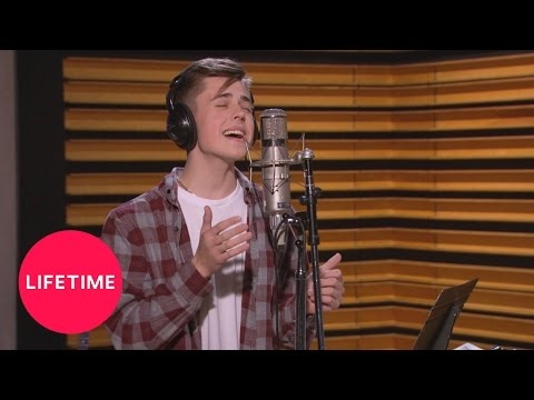 The Pop Game: Grant's Episode 2 Performance | Lifetime