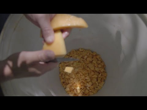 Making Mush Melon Moonshineиз YouTube · Длительность: 1 мин46 с