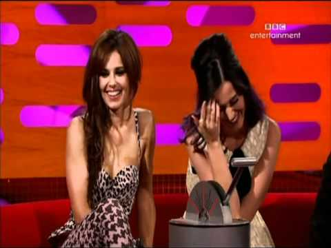 Download Youtube: The Graham Norton Show(Ross Noble, Katy Perry & Cheryl Cole)part6-subtitulado