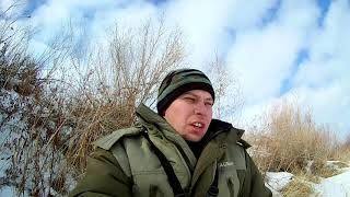 Щука на жерлицы окунь на мормышку зимняя рыбалка на реке