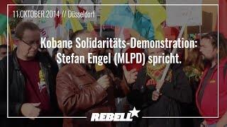 Kobane Solidaritäts-Demonstration in Düsseldorf Stefan Engel (Parteivorsitzender der MLPD) spricht