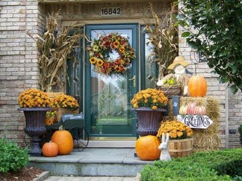 2017 Fall Outside Decorating Ideas 3