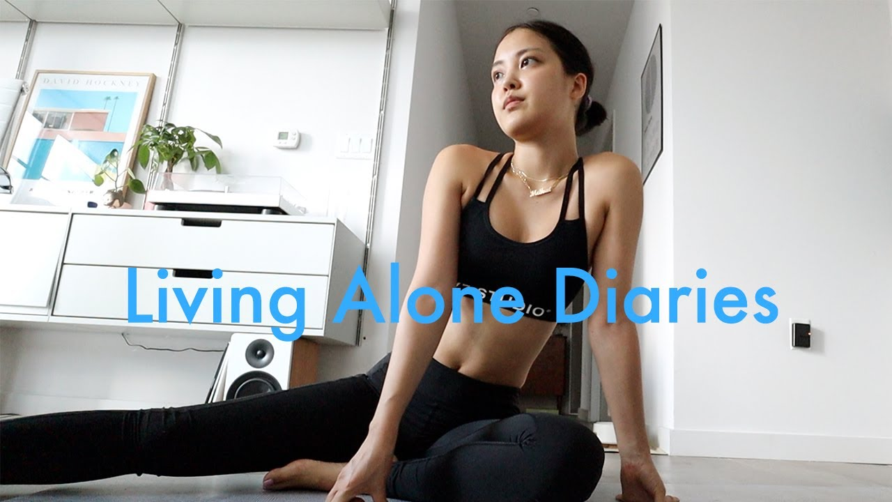 Living Alone Diaries | Body insecurities, my experience with post break up loneliness, girls night!