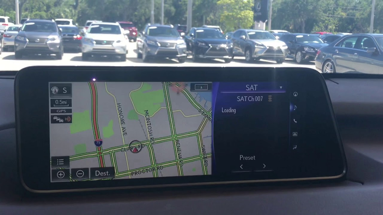 How to Enable Full Screen Navigation in the Lexus RX 350