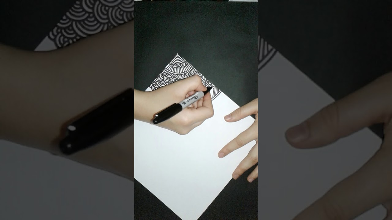Angelica Cepeda doodle negro - geloidea