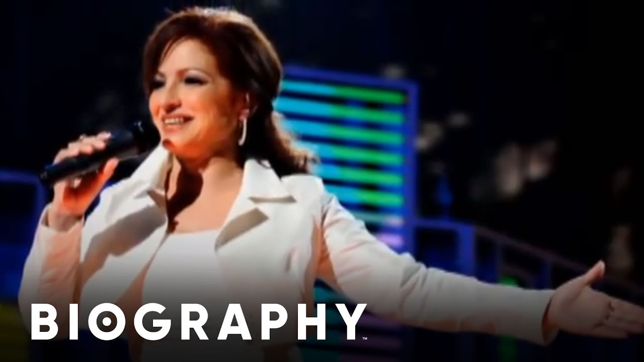 Gloria Estefan's Husband & Kids: 5 Fast Facts You Need to Know