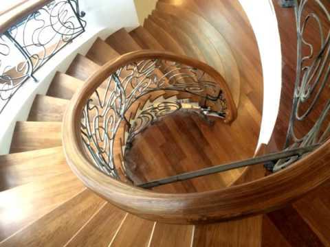 Лестница 147  Винтовая лестница на второй этаж для частного дома Днепропетровск, Днепр