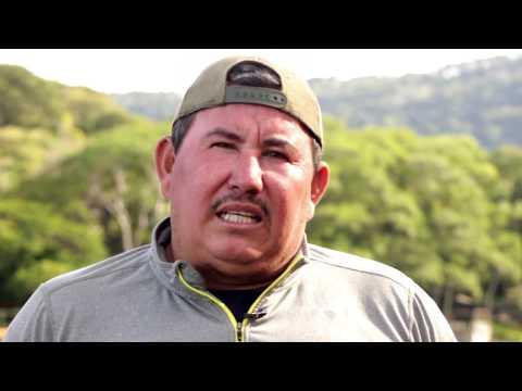 """""""Ya perdimos mucho"""", dicen pescadores del lago de Coatepeque"""