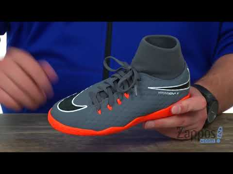 151810987 Nike Soccer Shoes For Kids