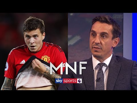 Gary Neville analyses Man United's defensive 'problems'   MNF