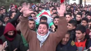 الجيش الإسرائيلي يغلق بلدة فلسطينية شمالي الضفة