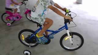 Btwin kid bikes with training wheel